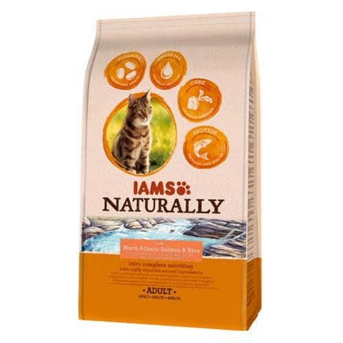 IAMS Naturally ração com salmão para gatos