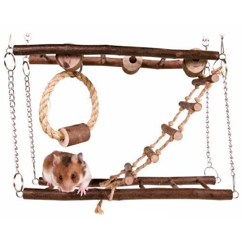 Parque com a ponte de suspensão para roedores